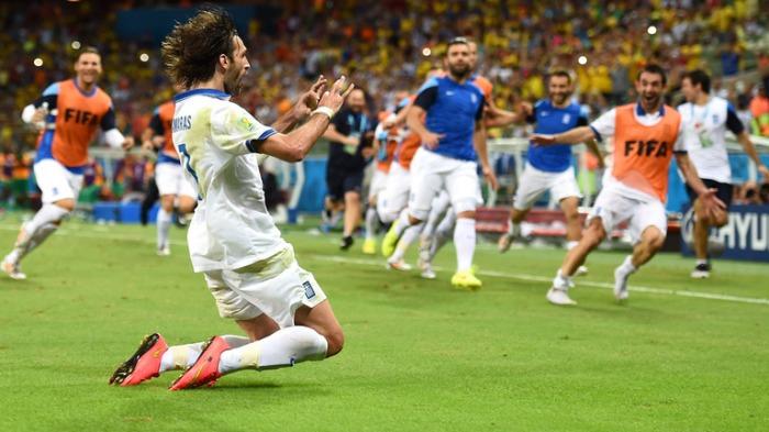 Greece-v-Ivory-Coast-World-Cup-Giorgos-Samara_3163462